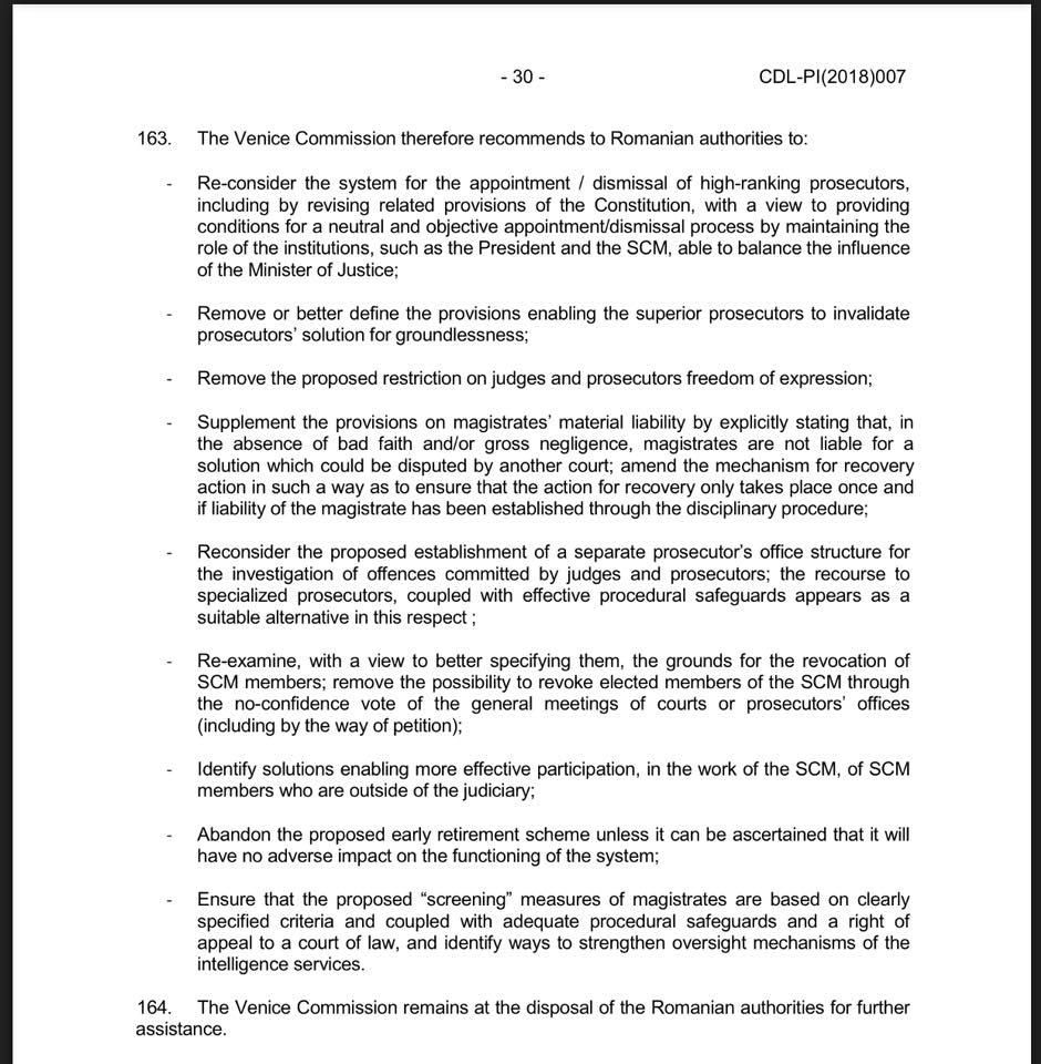 Comisia de la Veneția recomandă modificarea Constituției pentru a include prerogative pentru CSM și Președinte în numirea și revocarea procurorilor-șefi, așa cum a fost cazul Klaus Iohannis - Laura Codruța Kovesi