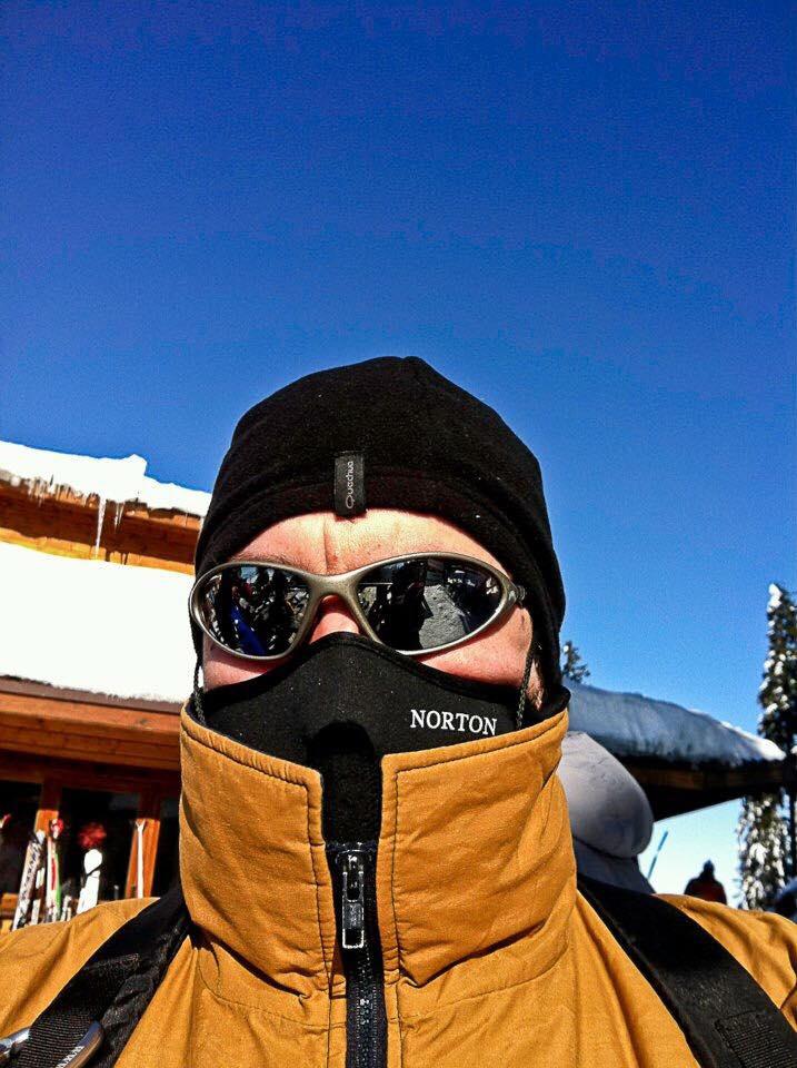 Florin Rotaru, într-o fotografie pe care și-a făcut-o singur, la schi, la Poiana Brașov
