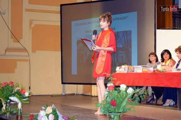 Iulia Andreea Drăgan e printre elevii de 10 de la Bacalaureat. 104 tineri au luat nota maximă la examen