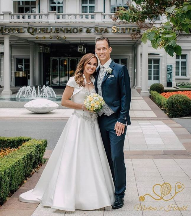 Două jucătoare de tenis de top s-au căsătorit în weekend. Martina Hingis și Karolina Piskova și-au unit destinele cu iubiții lor