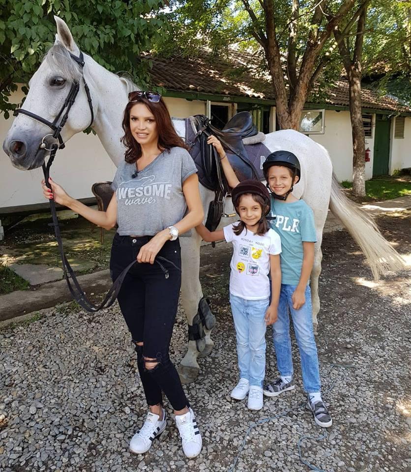 Cristina Spătar își crește copiii în casa fostului soț