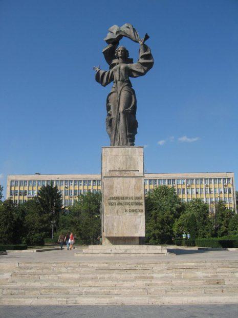 Statuia Independenței din Iași