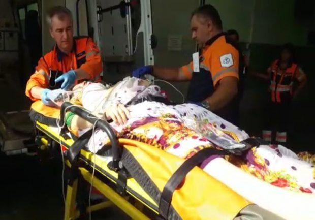 Accident grav în Călinești, județul Argeș. Gravidă resuscitată de medici. Victimă dusă pe targă la UPU Argeș