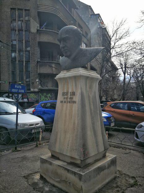 Bustul lui Iosif Sava Foto: Florin Ghioca