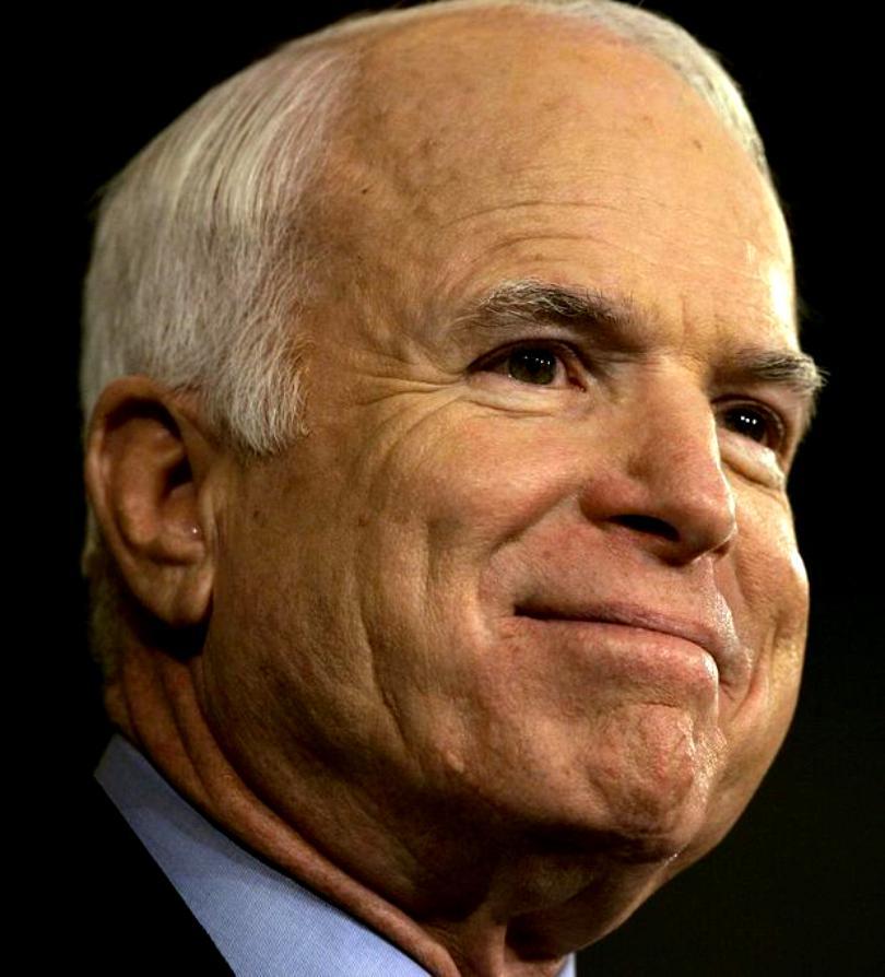 John McCain a murit. Cine a fost senatorul de Arizona - de la prizonier în Vietnam, la candidat la alegerile prezidențiale
