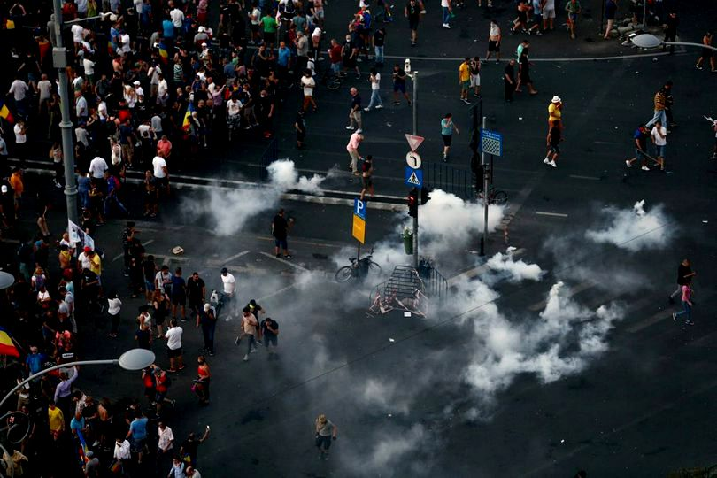 protest piata victoriei, 10 august