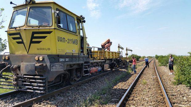 Un utilaj a deraiat între Titu și Boteni, în Dâmbovița