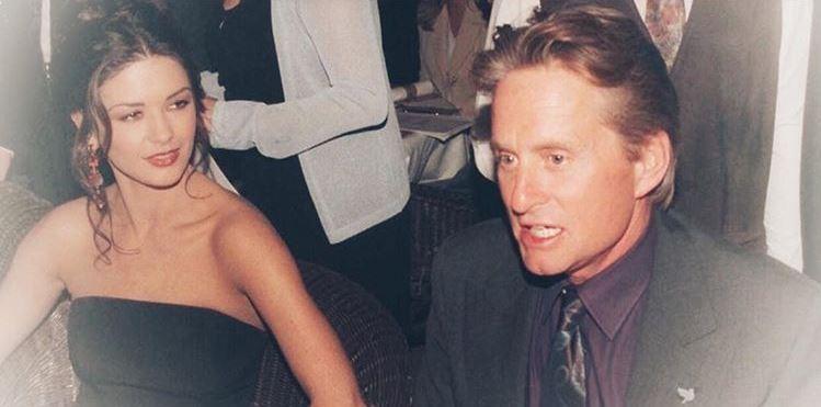 Catherine Zeta-Jones a publicat o fotografie din noaptea când l-a cunoscut pe Michael Douglas. Au trecut 20 de ani de atunci