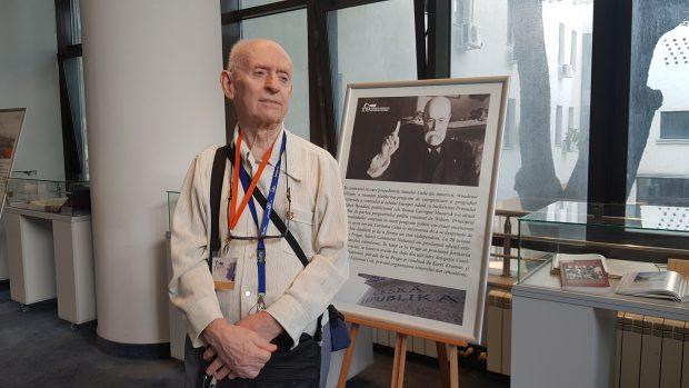 Jirí Felix, cehul îndrăgostit de România. Jirí Felix, la o expoziție la Academia Română