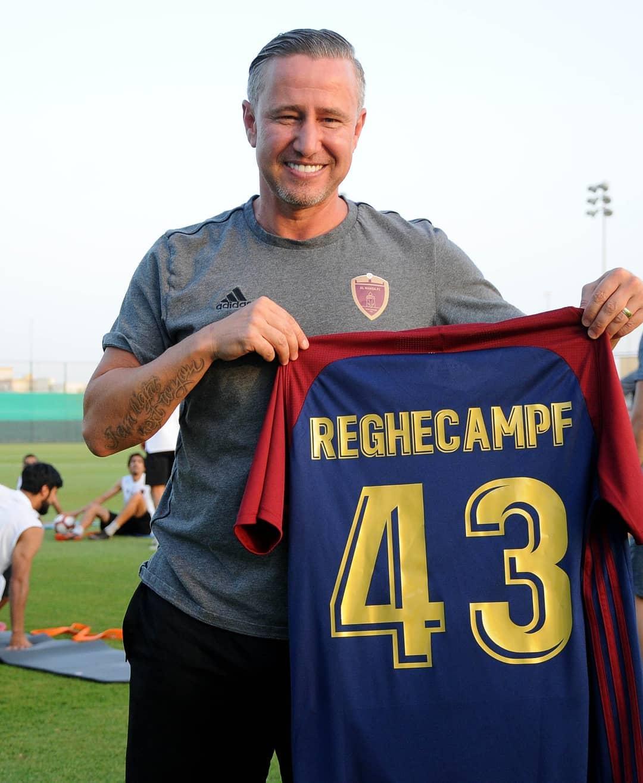 Laurențiu Reghecampf a fost sărbătorit în Emirate. Antrenorul a împlinit 43 de ani | GALERIE FOTO