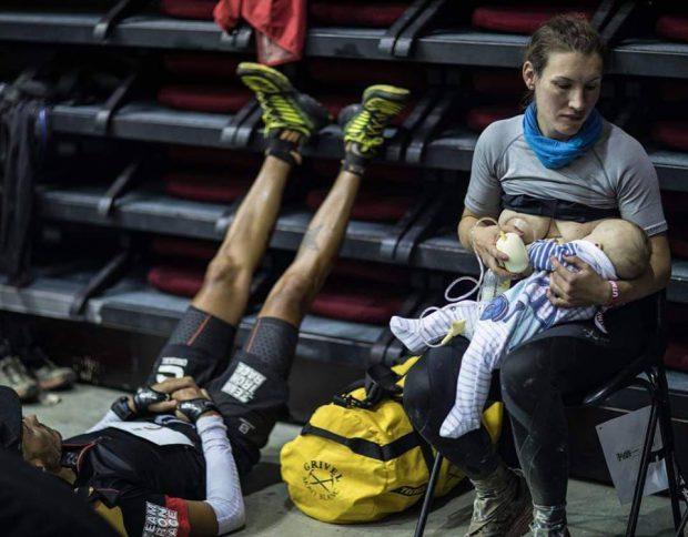 Senzațional! Handbalista Irina Pop și-a alăptat copilul în pauza meciului fetelor de la Lleida. Formată la Viitorul Cluj, e arhitectă și joacă pentru naționala Republicii Dominicane