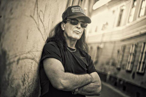 Dave Evans, fostul solist al trupei AC/DC