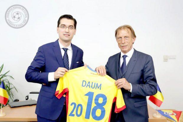 """Secundul lui Daum face dezvăluiri: """"Noi l-am propus pe Cosmin Contra pentru naționala României"""". Rudi Verkempinck, dor de București de la Bruges: """"Mi-e poftă de momițele voastre la grătar!"""""""