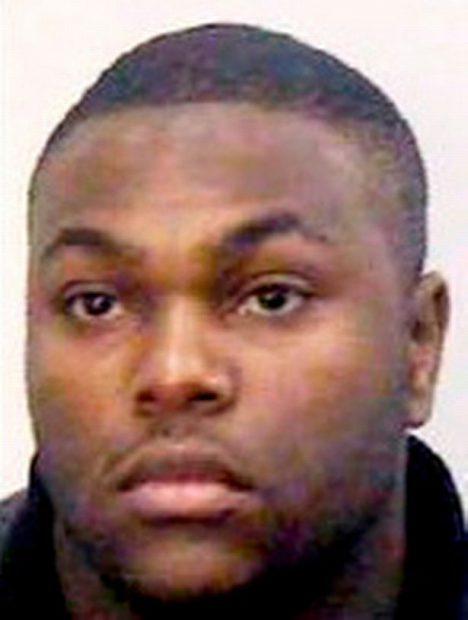 O profesoară a fost arestată pentru că a întreținut relații intime cu un pușcăriaș. Îi ducea droguri și cartele de mobil!