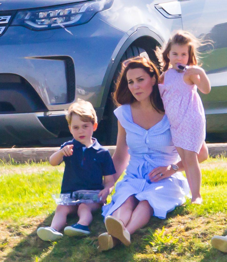 Kate Middleton și-a pus copiii în pericol! Ce greșeală a făcut când se aflau la cumpărături