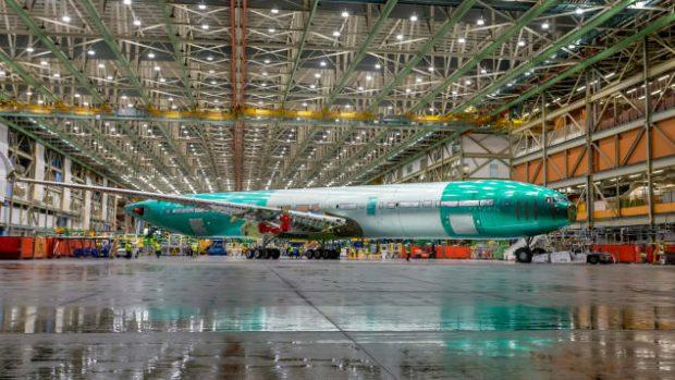 FOTO   Cum arată noul avion de linie Boeing, 777X-9