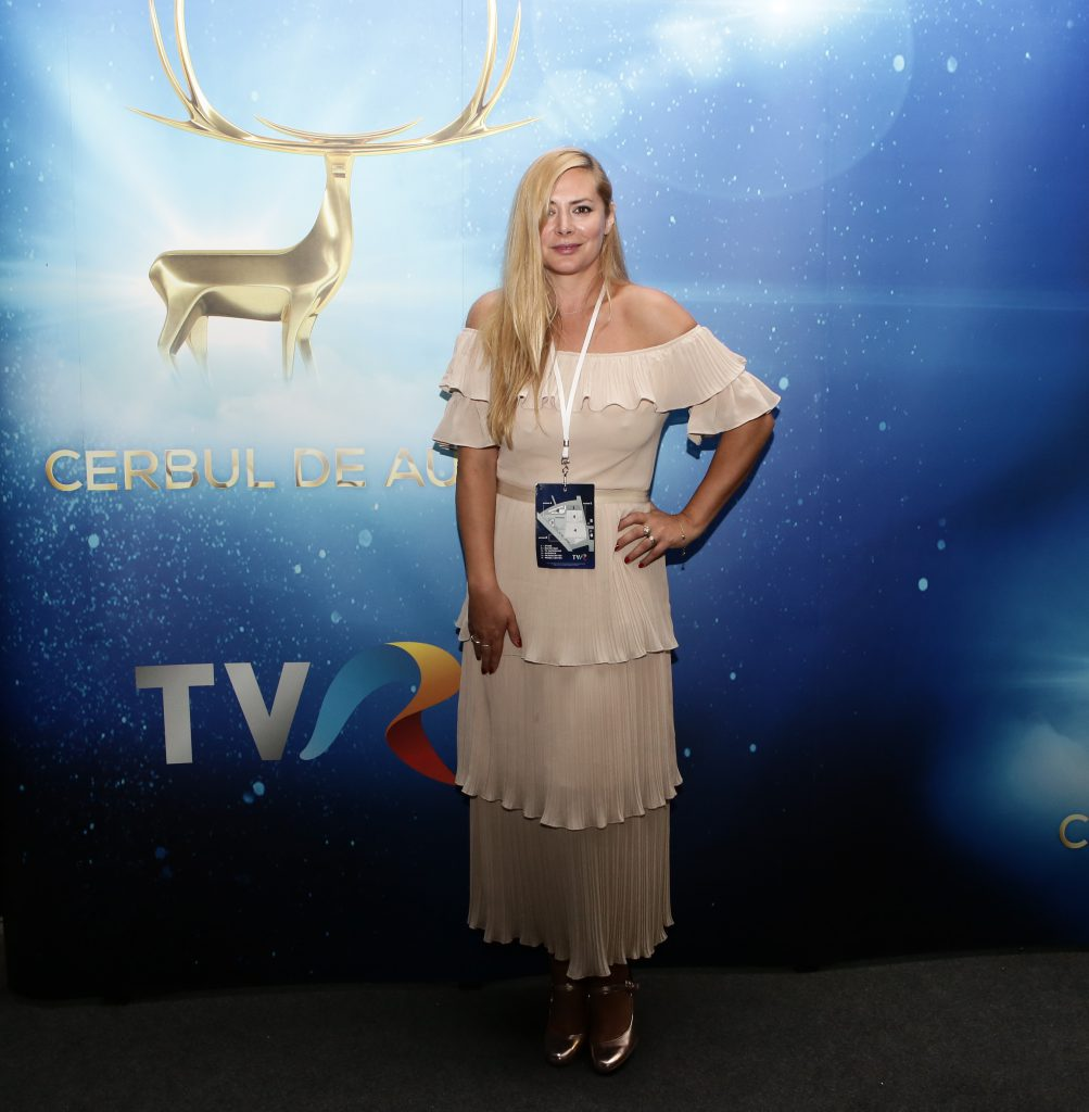 Kitty Cepraga produce filme și le regizează