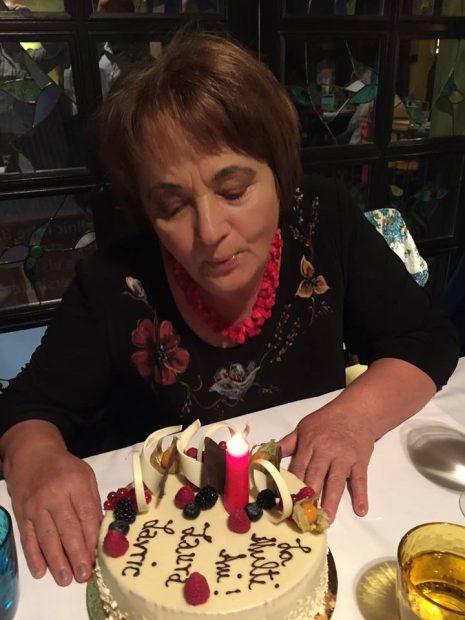 VIDEO/Laura Lavric a împlinit 72 de ani și e plină de energie! Secretul ei: merge zilnic pe jos 2-3 ore