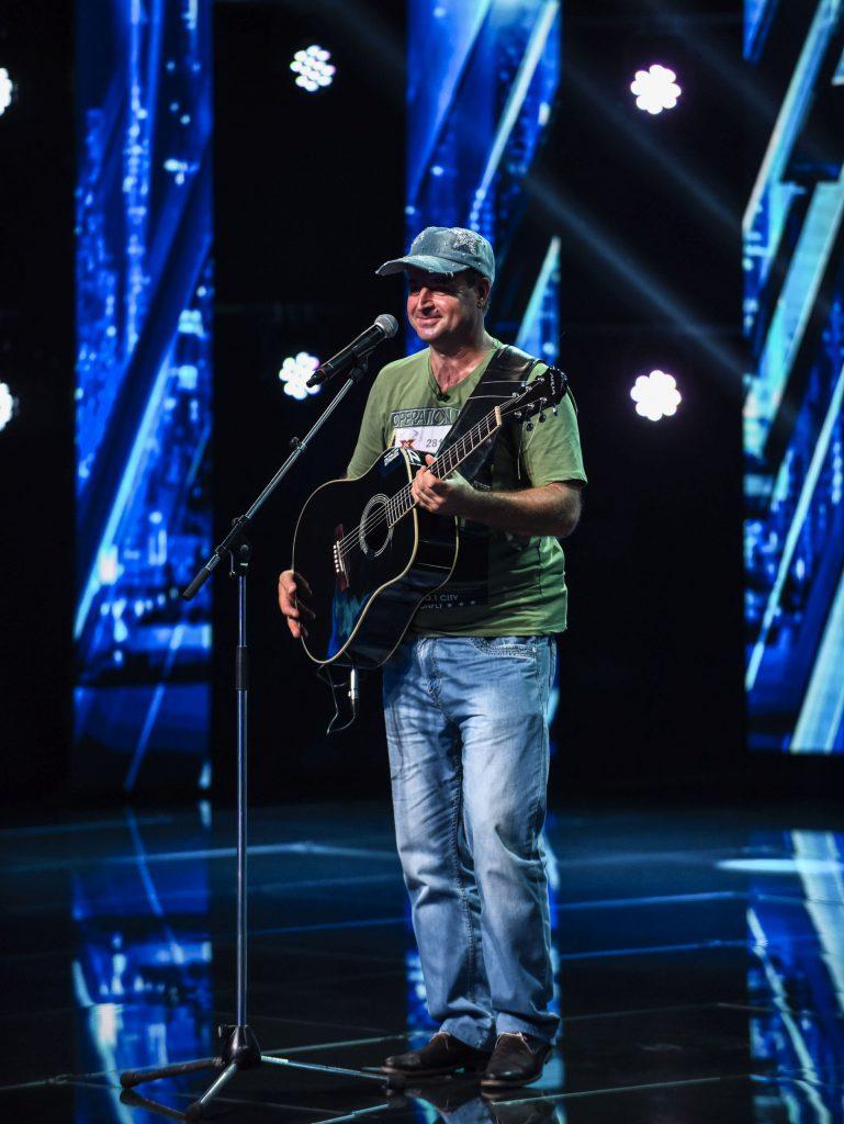 Mihai Bendeac și Vlad Drăgulin, protagoniști într-un videoclip  al unui concurent X Factor