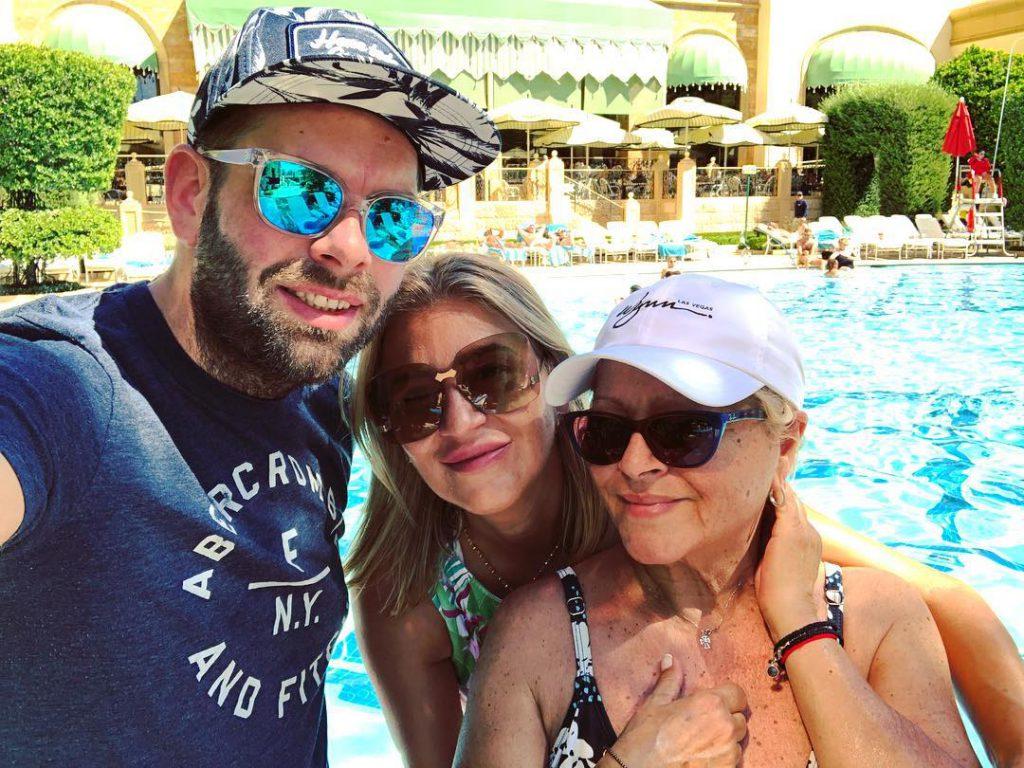 """Mirabela Dauer a plecat în vacanță în Las Vegas exact când """"curg"""" concertele! Relaxarea, mai importantă decât banii pentru solistă"""