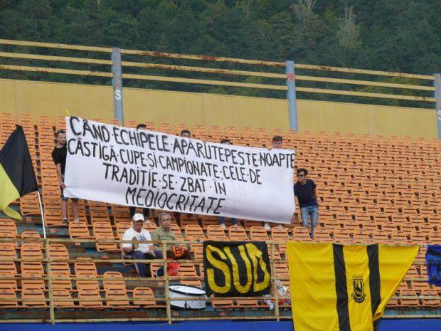 S-au răsculat moldovenii. Suporterii echipei Ceahlăul, supărați pe formațiile apărute peste noapte