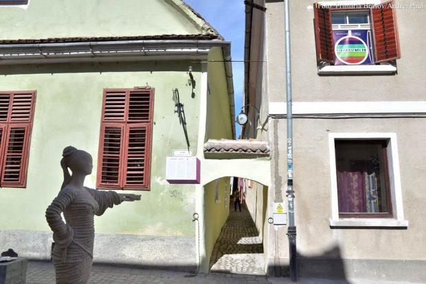 strada Sforii din Brașov, cea mai îngustă stradă din Europa de Est