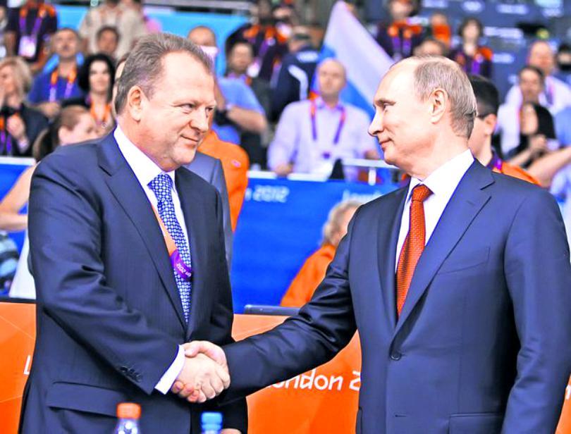 Nașul lui Cristi Borcea este prieten la cataramă cu Vladimir Putin. Cum s-au cunoscut cei doi și ce îi leagă