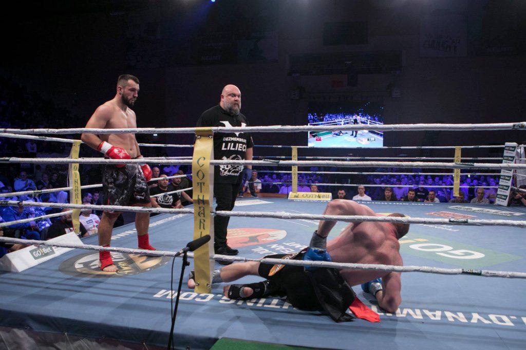 Luptătorul Sebastian Cozmâncă l-a făcut KO