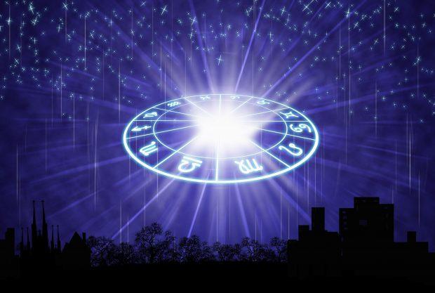 Horoscop marți, 23 octombrie 2018. Scorpionii sunt în centrul atenției