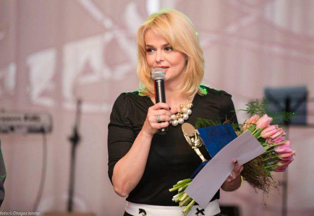 """VIDEO / Iuliana Marciuc și """"dieta-minune"""" care-i garantează că dă jos 6 kilograme în 6 săptămâni. Care-i secretul meselor ei"""
