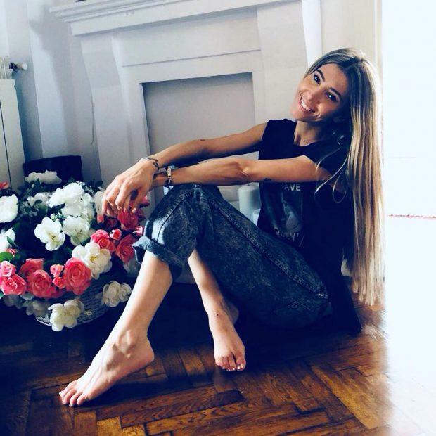 """VIDEO/ Silvia Popescu de la """"Bravo ai stil"""" își caută iubit. """"Simt nevoia să ies cu cineva de mână pe stradă, să mă giugiulesc"""""""