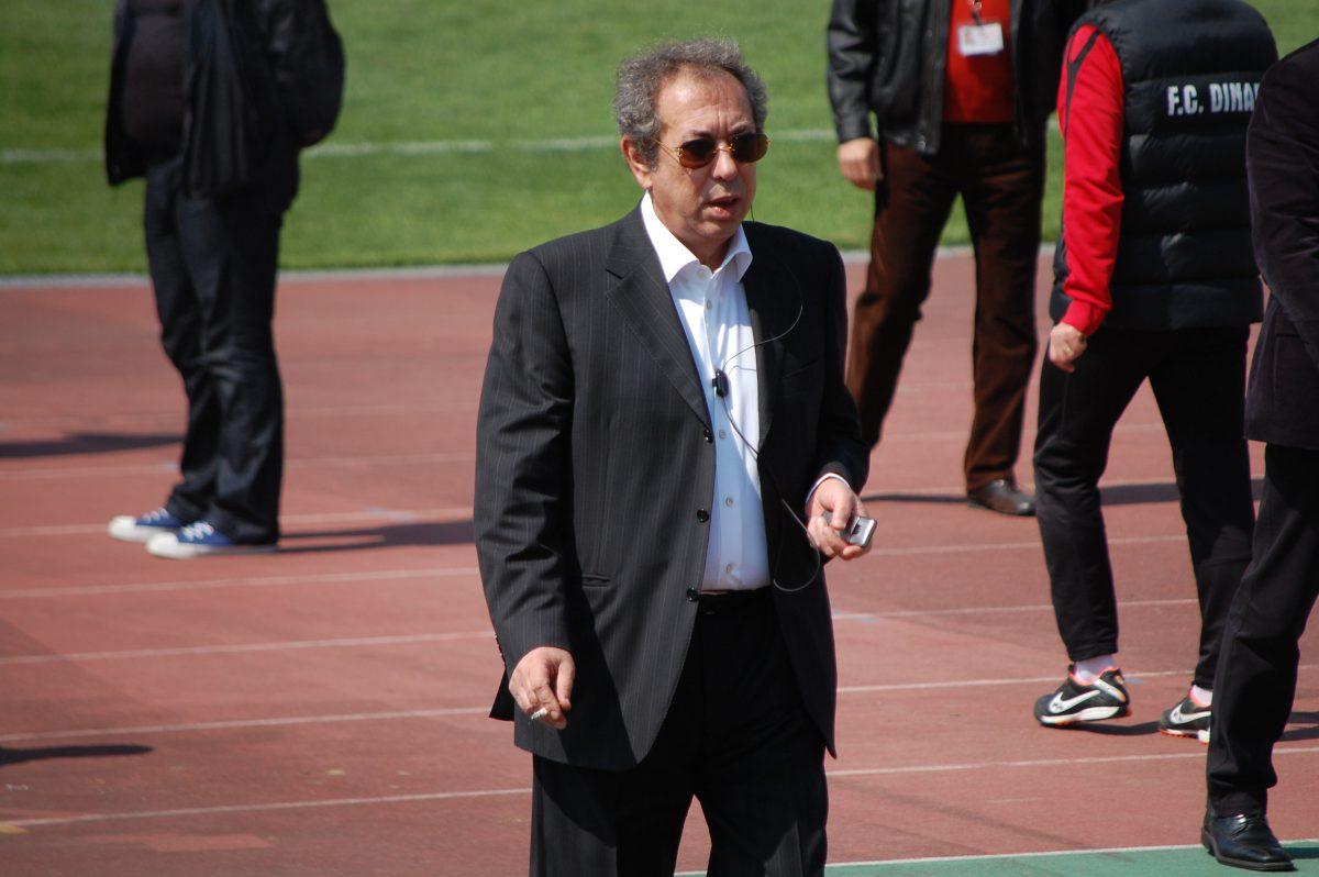 """În pericol de retrogradare, Dinamo e abandonată și de suporterii VIP. Nicolae Badea n-a mai fost din 2012 la un meci al """"câinilor roșii"""""""