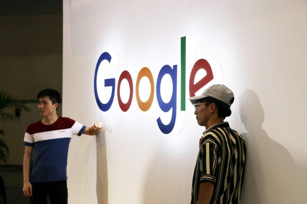 """Câți bani ia Google din România? La Fisc raportează 4 milioane de euro, """"publicitarii"""" îi cotează la 50 de milioane, iar presa spune că gigantul încasează  peste 100!"""