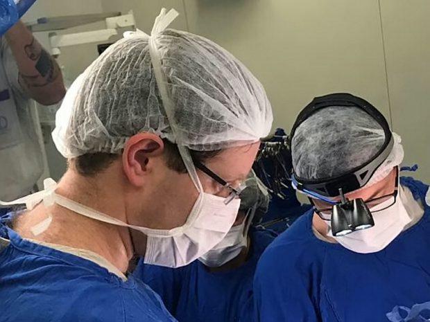 Premieră mondială! A fost născut primul copil în urma unui transplant de uter de la o donatoare moartă