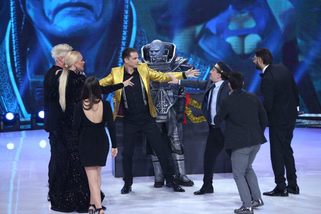 """Vedeta din spatele măștii din """"X-Men – Apocalypse"""" a făcut un atac de panică înainte să urce pe scenă"""
