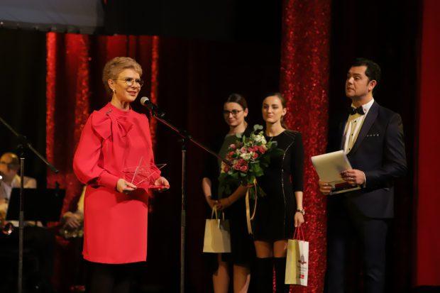 """Andra și Teo, premiate la """"Gala Stela Popescu"""". """"Sunt mândră că am reușit să o țin în brațe"""""""