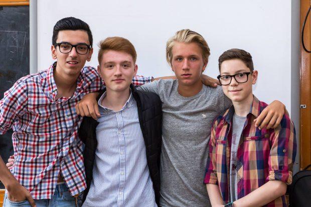 Filip,alături de colegii de la școală