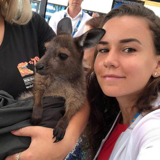 Turneul de tenis de la Dubai 2019. Bencic a câștigat titlul și o ajută pe Halep să rămână pe locul 2 WTA