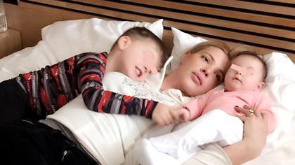Fericire mare pentru Alina Vidican. Fratele și cumnata i-au adus copiii înapoi acasă