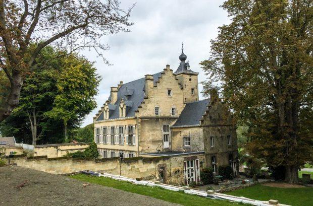 Castelul lui André Rieu, din Maastricht - Olanda, datează din 1452 şi este menţionat în romanul