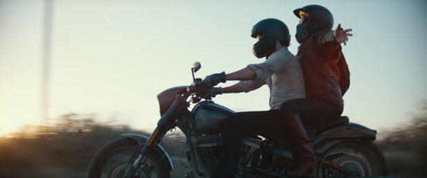 CRONICĂ DE FILM/ Lady Gaga și Bradley Cooper fac pereche într-o dramă romantică sfâșietoare. «A Star is Born», câștigătorul Globului de Aur pentru cea mai bună melodie