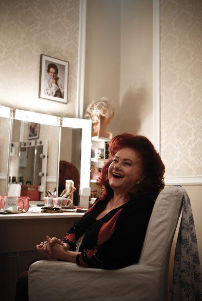 """Cabina Stelei Popescu de la teatru e ocolită de actrițele tinere. """"Atmosfera e destul de apăsătoare"""""""