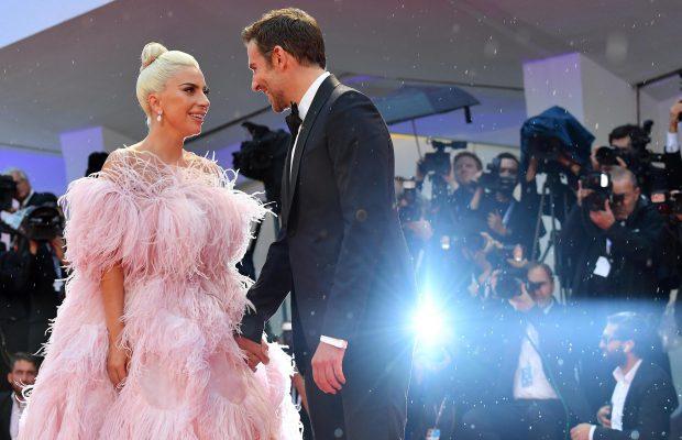 Lady Gaga, supriză uriaşă la concertul din Las Vegas. L-a adus pe Bradley Cooper pe scenă