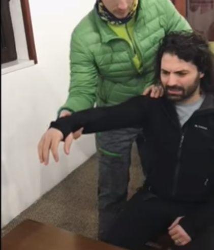 Pepe a făcut accident în timp ce se dădea cu placa pe pârtie | VIDEO