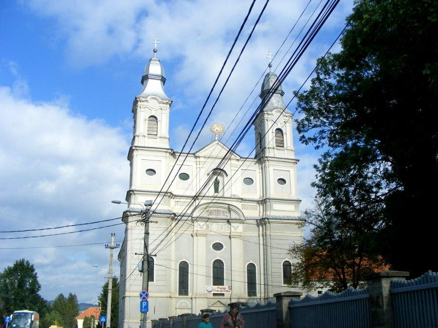Sumuleu Ciuc biserica