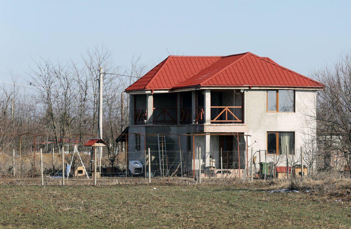 Vila din Șoldanu a lui Aurel Bîrsan, tatăl medicului fals de la Spitalul Ilfov