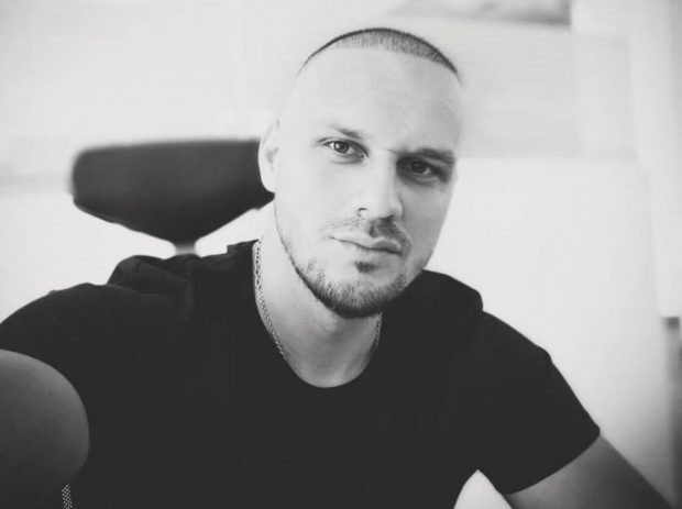Alex Crăcui, tânărul care a murit pe scaunul de frizerie, a fost înmormântat