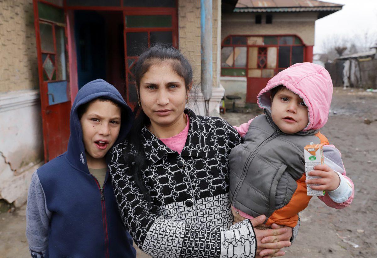 Mama fraților din Frumușani a mai adus pe lume alți doi copii
