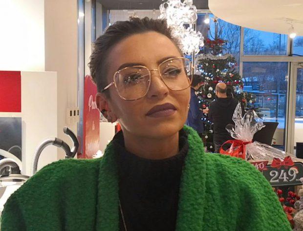 """GiuliaAnghelescu are miopie, dar exclude operația: """"Intenționez să port ochelari"""""""