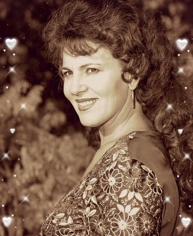 Irina Loghin împlinește 80 de ani! Regina muzicii populare n-a vrut petrecere mare, a preferat să stea acasă, cu familia